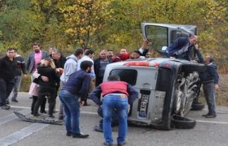 İki ayrı kazada 5 yaralı var
