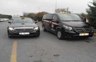 Atatürk Havalimanı'nda 'lüks taksi'ler yoğun ilgi...