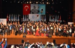 Uludağ Üniversitesi'nde diploma töreni