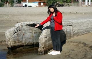 Antalya'daki dünyaca ünlü Kleopatra Plajı'nda...