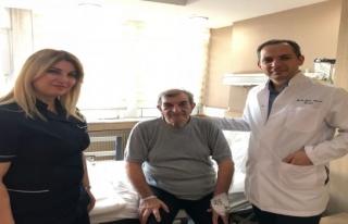 8 santimetrelik tümör laparoskopik teknik kullanılarak...
