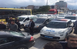 Mahallelinin Tepkisine Polis Müdahele Etti