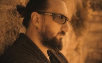Ali Likoğlu ''Halime Bak'' adlı single ile sanat camiasında yerini aldı