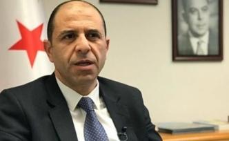 """KKTC Dışişleri Bakanı, """"İncelemeden sonra Maraş'la ilgili karar vereceğiz"""" dedi."""
