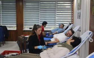 Bursa Muradiye MTAL'de kan bağışı