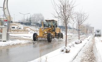 Hakkari Belediyesi kar mesaisinde