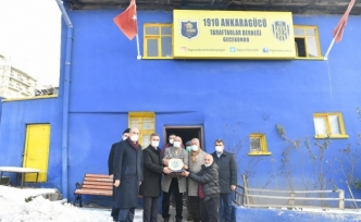 Mamak Belediye Başkanı Köse'den Ankaragücü taraftarlarına ziyaret