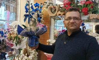 Osmaniye'de çiçekçiler 14 Şubat'a hazır