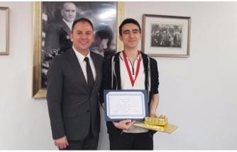 Türk öğrenci 'Student With A Perfect Score'  dünya 8'incisi oldu