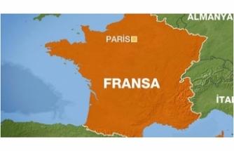Le Pen'e 300 bin euro'luk Avrupa Parlamentosu borcu