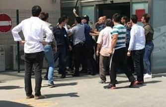 Silahlı kavga! 4 kişi öldü, 2 polis yaralı
