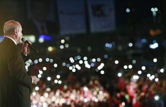 """Cumhurbaşkanı Erdoğan: """"Mazisiyle bağları zayıflayan milletler de yaşayamaz"""""""