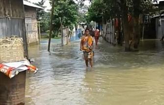 Hindistan'da selden ölenlerin sayısı 50'ye çıktı