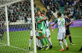 İstanbul kulüpleri Bursaspor'un genç eldivenlerinin peşinde