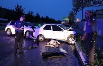 Bursa'da otomobil ile cip çarpıştı: 1 ölü