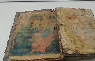 Bursa'da ele geçirilen İncil araştırılmak üzere İstanbul'a gönderildi