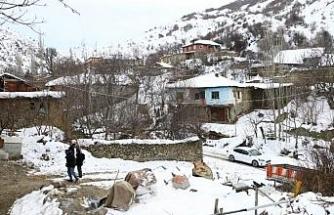 Ankara, 3.8 ve 4.5 büyüklüğünde 2 depremle sallandı (6)