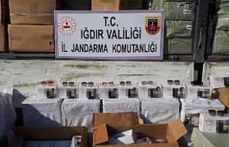 Iğdır'da 11 milyon lira değerinde kaçak güneş gözlüğü ele geçirildi
