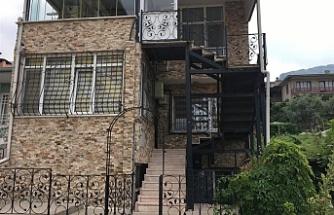 Yıldırım/Vatan'da 2 katlı kargir bina mahkemeden satılıktır