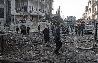 İdlib'e saldırılarında 4 sivil öldü