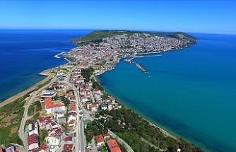Türkiye'nin en yaşlı şehri Sinop'ta caddeler sokaklar bomboş!