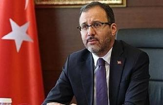 Bakan Kasapoğlu: Gençlerimiz arasından Cahit Zarifoğlu gibi değerler çıkacağına inanıyorum