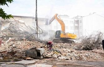 Karacabey'de otopark sorunu çözülüyor