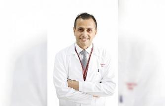 """Prof. Dr. Turunç: """"Erkeklerdeki sorununun tedavisi her aşamada mümkün"""""""