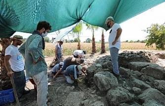 Aratos'un anıt mezarını gün yüzüne çıkarmak için kazı çalışmaları başladı
