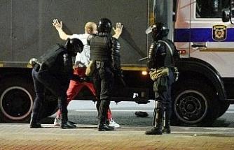 Belarus'taki protestolarda son 24 saatte 700 kişi gözaltına alındı
