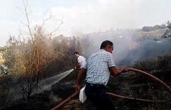 Piknikçilerin uğrak yeri olan gölet çevresinde yangın çıktı