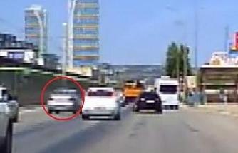 Trafikte makas atan sürücüye 1228 lira ceza