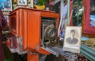 126 yıllık fotoğraf makinesi görenlere nostalji yaşatıyor