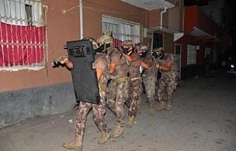 Adana'da DEAŞ'a uyuyan hücre operasyonu: 6 gözaltı kararı