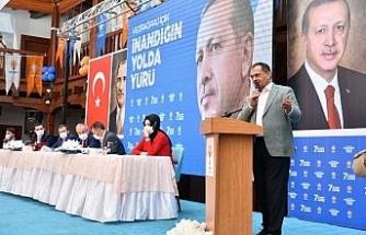 """Başkan Demir: """"Sorunları tarihe gömüyoruz"""""""