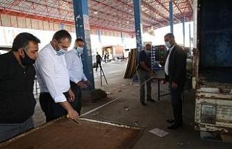 Başkan Dr. Palancıoğlu, semt pazar yerlerinde korona virüs önlemlerine bizzat iştirak ediyor