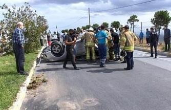 Beylikdüzü'nde takla atan otomobildeki sürücü yaralandı