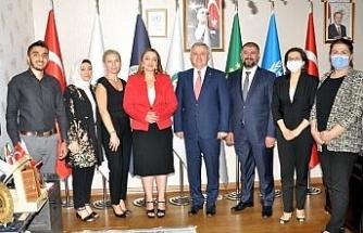 Moldova Büyukelçisi Croitor, ULUSKON'u ziyaret etti