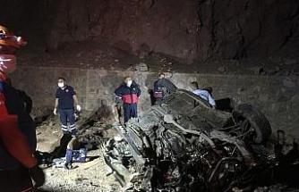 Niğde'de feci kaza: 3 ölü, 2 yaralı