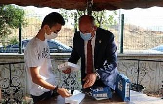 Yahşihan Belediyesi öğrencilere tablet hediye etti