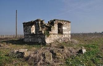 Fatih Sultan Mehmet'in halasının türbesini Büyükşehir Belediyesi restore edecek