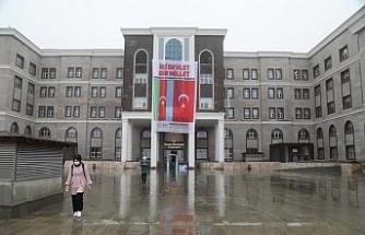 İlkadım'da tüm tesislere Azerbaycan bayrağı