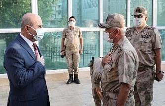 Jandarma Genel Komutanı Orgeneral Çetin, Vali Demirtaş ile bir araya geldi