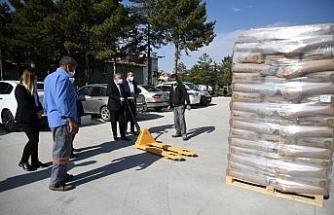 Kayseri'de çiftçilere Macar fiğ tohumu dağıtıldı