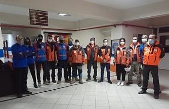 Kocaeli'den 11 AFAD gönüllüsü İzmir'e yardıma gidiyor