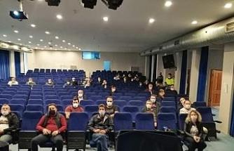 Lüleburgaz'da servis görevlilerine Covid-19 eğitimi