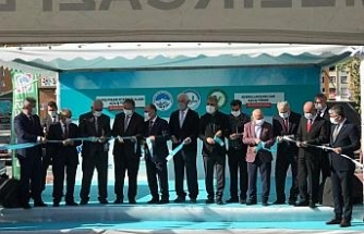 Melikgazi'de hem etkinlik alanı hem de cami açılışı yapıldı
