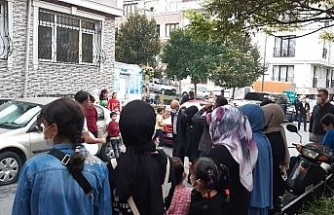 (ÖZEL) Fatih'te sosyal mesafesiz gelin alma merasimi