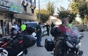 Polis ekipleri motosikletler üzerine uygulama yaptı