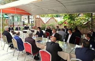 Vali Akın, 'Muhtarlar devletle vatandaş arasında köprüdür'